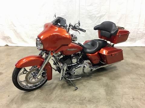 2011 Harley-Davidson FLHX