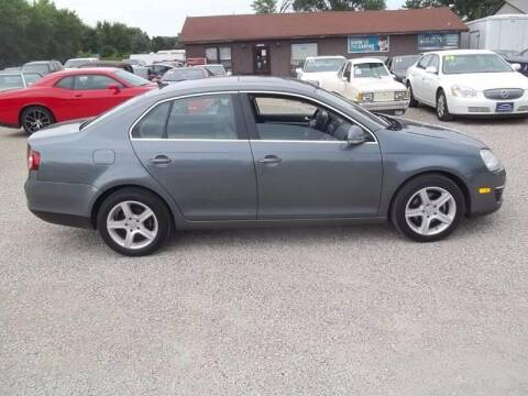 2009 Volkswagen Jetta for sale at BRETT SPAULDING SALES in Onawa IA