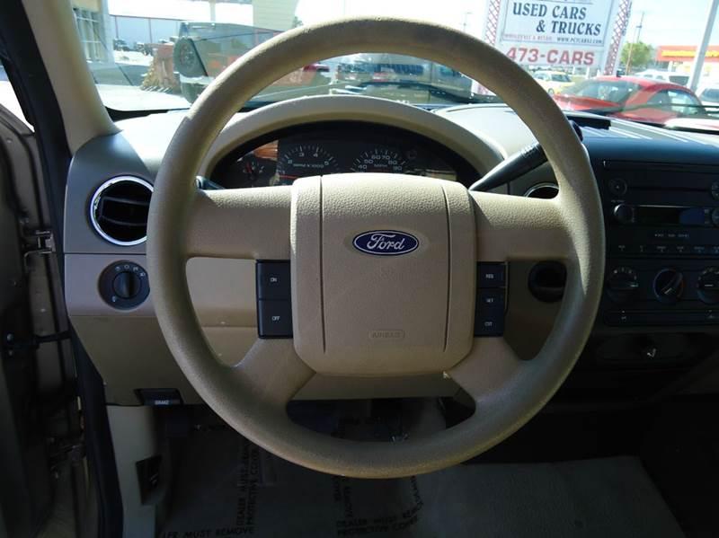 2006 Ford F-150 XLT 2dr Regular Cab Styleside 8 ft. LB - Englewood FL