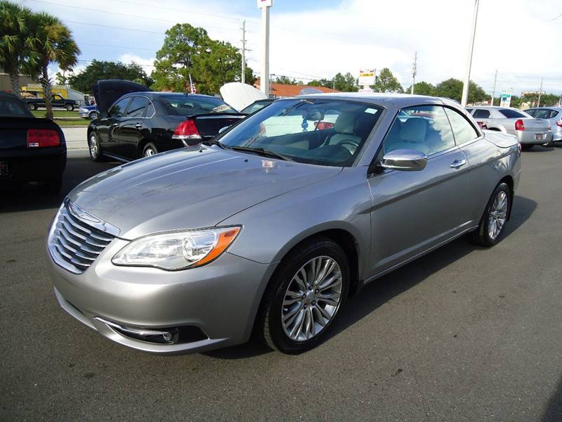 2013 Chrysler 200 Convertible Limited 2dr Convertible - Englewood FL