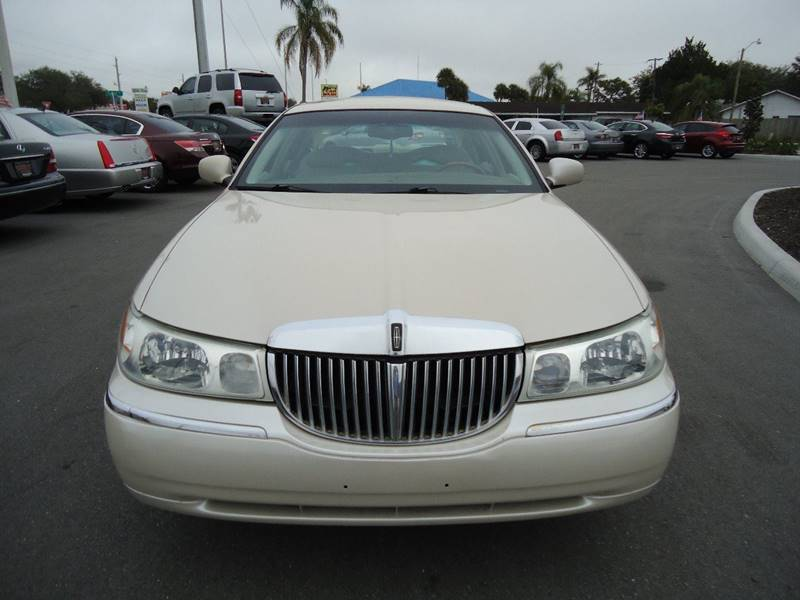 2001 Lincoln Town Car Cartier 4dr Sedan In Englewood Fl Pct