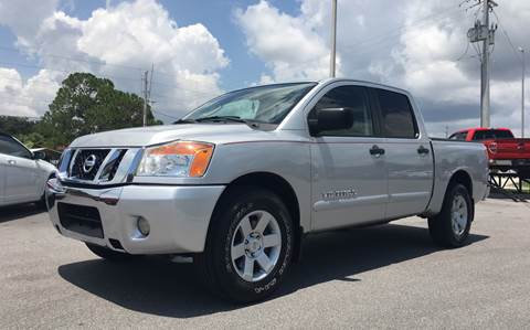 2011 Nissan Titan for sale in Englewood, FL
