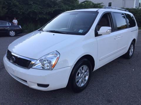 2012 Kia Sedona for sale in Newark, NJ