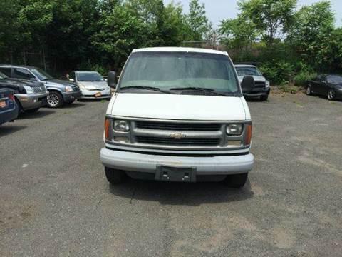 2001 Chevrolet Express Cargo for sale in Newark, NJ