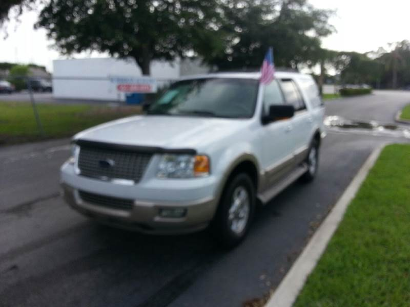 2006 FORD EXPEDITION EDDIE BAUER 4DR SUV white please call schirras auto at 888-227-9796 have ba