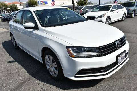 2017 Volkswagen Jetta for sale at DIAMOND VALLEY HONDA in Hemet CA