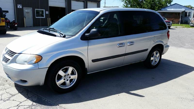 2006 Dodge Caravan SXT 4dr Mini-Van - Norfolk NE