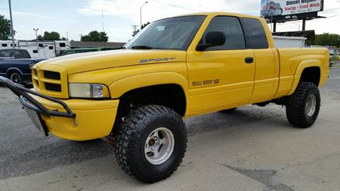 2000 Dodge Ram Pickup 1500 for sale at ALEMAN AUTO INC in Norfolk NE
