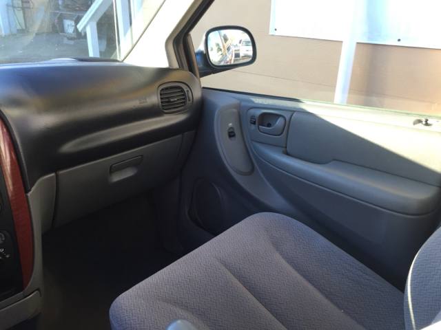 2007 Chrysler Town and Country 4dr Mini-Van - Santa Maria CA
