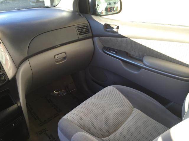 2009 Toyota Sienna LE 8-Passenger 4dr Mini-Van - Santa Maria CA