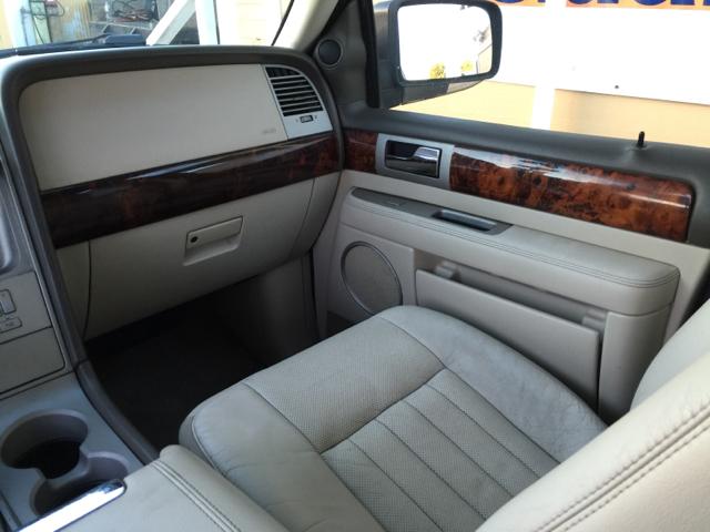 2004 Lincoln Navigator Luxury 4dr SUV - Santa Maria CA