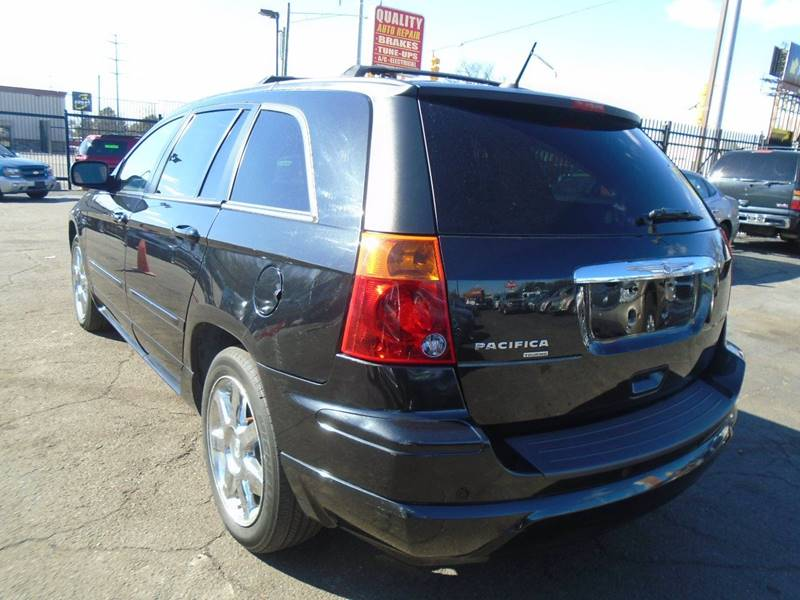 2008 Chrysler Pacifica Touring (image 4)