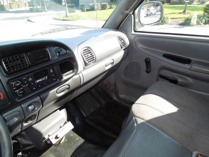 1999 Dodge Ram Chassis 2500 4X2 2dr Regular Cab - Oakdale CA