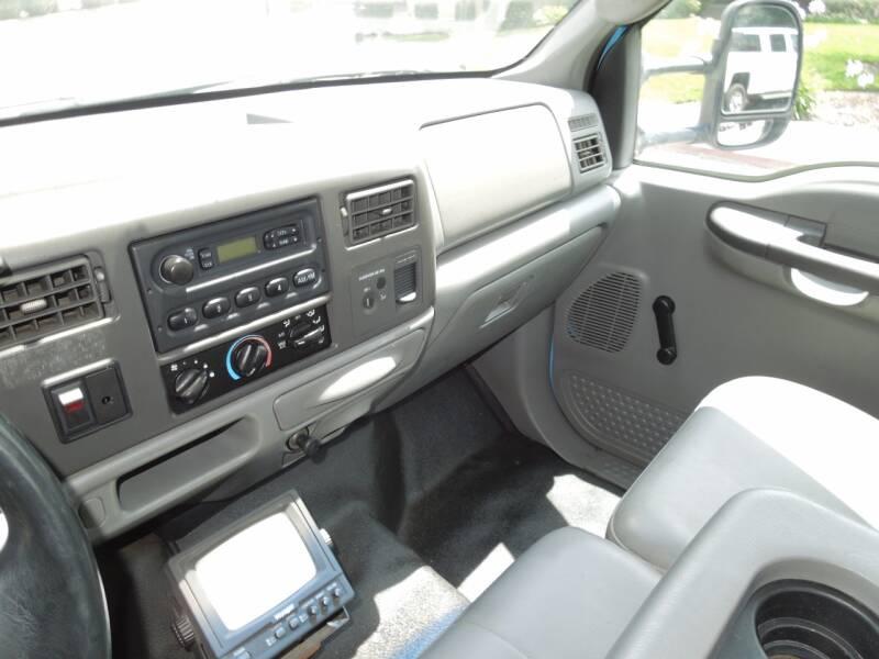 2003 Ford F-450 Super Duty 4X2 2dr Regular Cab 140.8-200.8 in. WB - Oakdale CA