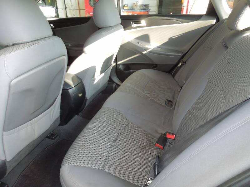 2011 Hyundai Sonata GLS 4dr Sedan 6M - Oakdale CA