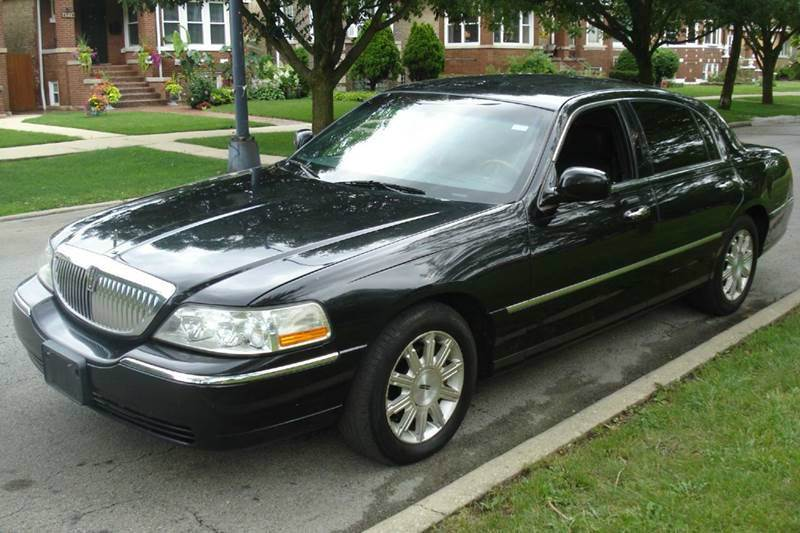 2007 Lincoln Town Car Signature Limited 4dr Sedan In Chicago Il