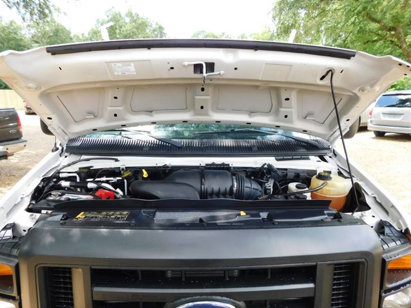 2012 Ford E-Series Cargo E-250 3dr Cargo Van In Ponchatoula