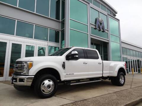 2017 Ford F-350 Super Duty Lariat for sale at Motorcars Washington in Chantilly VA