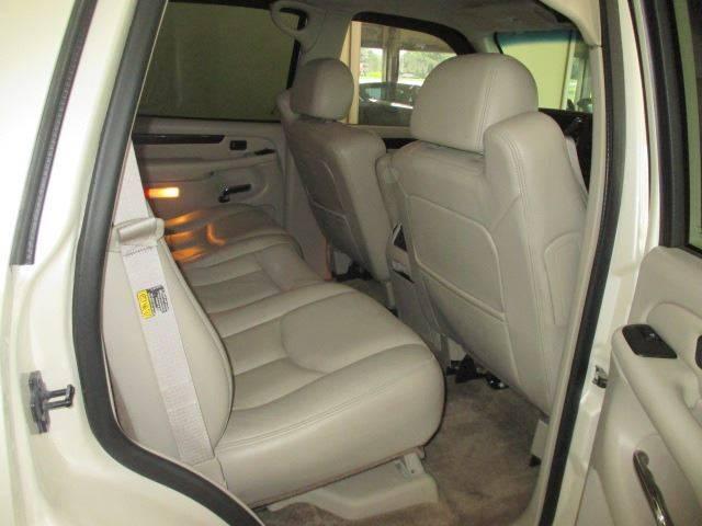 2003 Cadillac Escalade AWD 4dr SUV - Racine WI