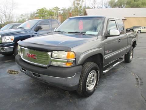 2002 GMC Sierra 2500HD for sale in Racine, WI