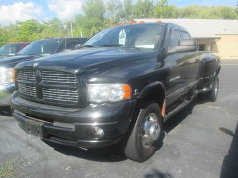 2005 Dodge Ram Pickup 3500 for sale in Racine, WI
