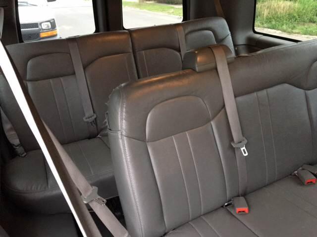 2014 Chevrolet Express Passenger LS 2500 3dr Passenger Van - Ansonia CT