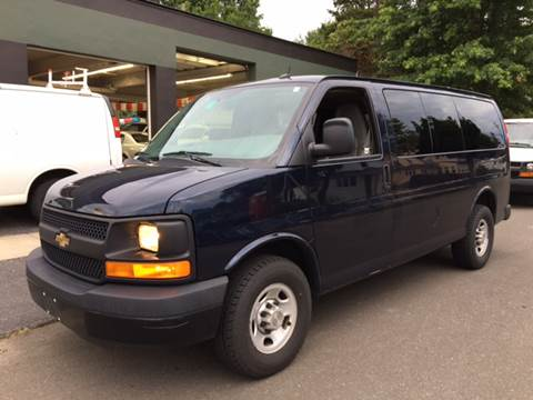 2014 Chevrolet Express Passenger for sale in Ansonia, CT