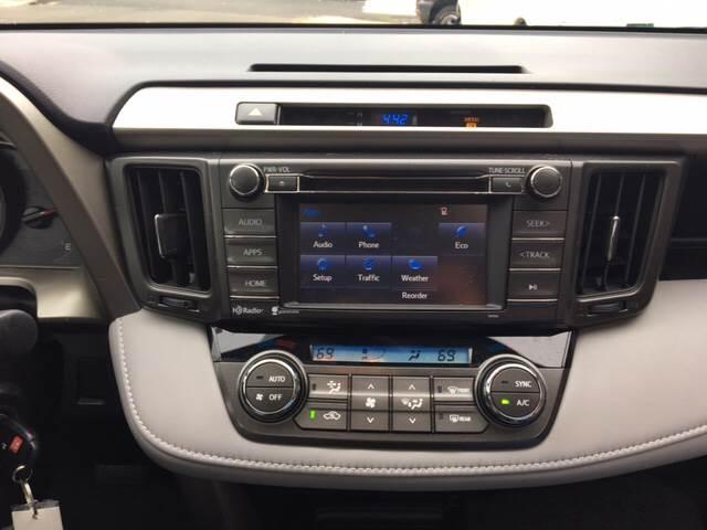 2014 Toyota RAV4 AWD XLE 4dr SUV - Ansonia CT