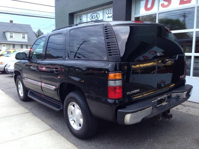 2006 gmc yukon slt 4wd in milford ct village auto sales jes motors contact sciox Choice Image