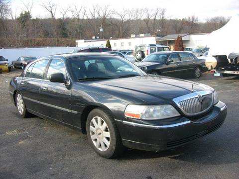 2006 Lincoln Town Car for sale at Village Auto Sales in Milford CT