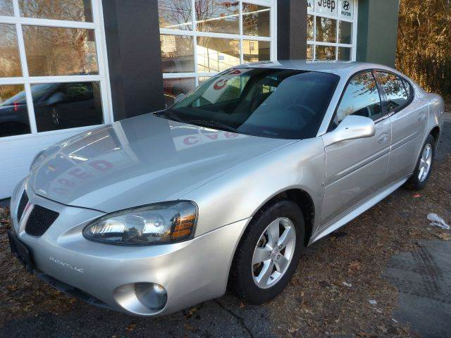 2007 Pontiac Grand Prix for sale at Village Auto Sales in Milford CT
