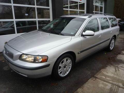 2002 Volvo V70 for sale at Village Auto Sales in Milford CT