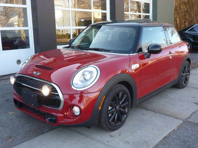 2014 MINI Hardtop for sale at Village Auto Sales in Milford CT