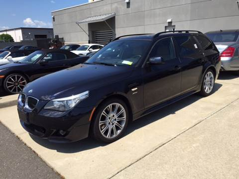 2010 BMW 5 Series for sale at Village Auto Sales in Milford CT