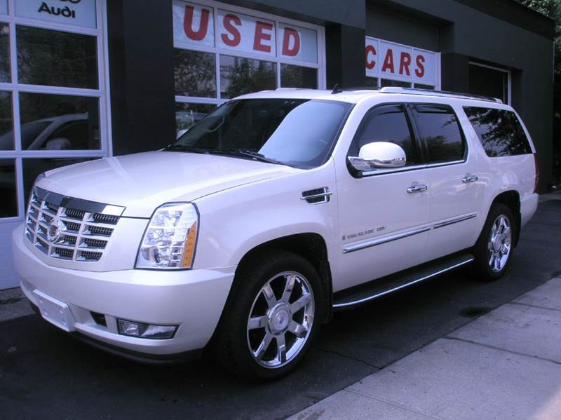 2009 Cadillac Escalade for sale at Village Auto Sales in Milford CT