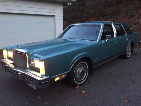 1983 Lincoln Town Car for sale at Village Auto Sales in Milford CT