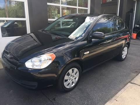 2010 Hyundai Accent for sale at Village Auto Sales in Milford CT