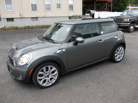 2007 MINI Cooper for sale at Village Auto Sales in Milford CT