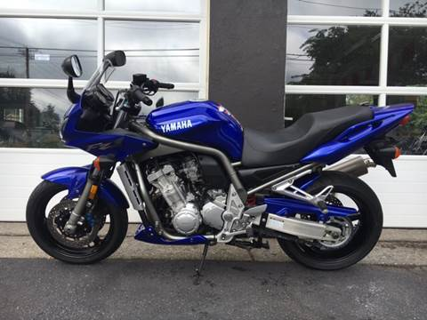 2001 Yamaha Fz1 for sale at Village Auto Sales in Milford CT