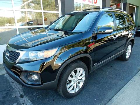 2011 Kia Sorento for sale at Village Auto Sales in Milford CT