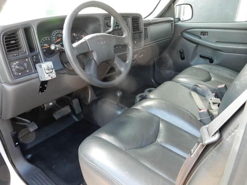 2005 GMC Sierra 1500 2dr Standard Cab 4WD LB - Ansonia CT