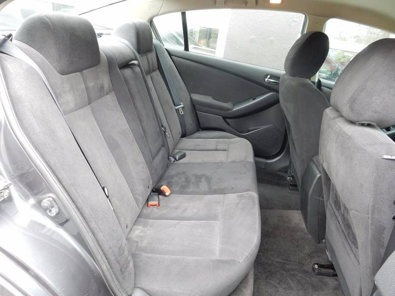 2009 Nissan Altima 2.5 S 4dr Sedan CVT - Ansonia CT