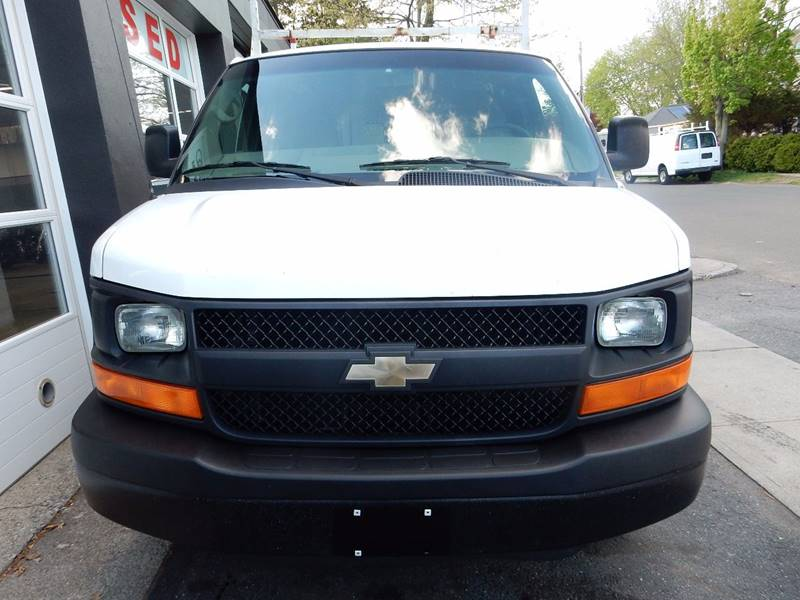 2010 Chevrolet Express Cargo 2500 3dr Cargo Van w/ 1WT - Ansonia CT