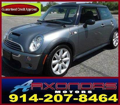 2005 MINI Cooper for sale at ARXONDAS MOTORS in Yonkers NY
