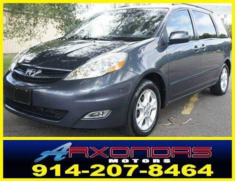 2006 Toyota Sienna for sale at ARXONDAS MOTORS in Yonkers NY