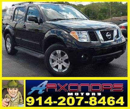 2006 Nissan Pathfinder for sale at ARXONDAS MOTORS in Yonkers NY