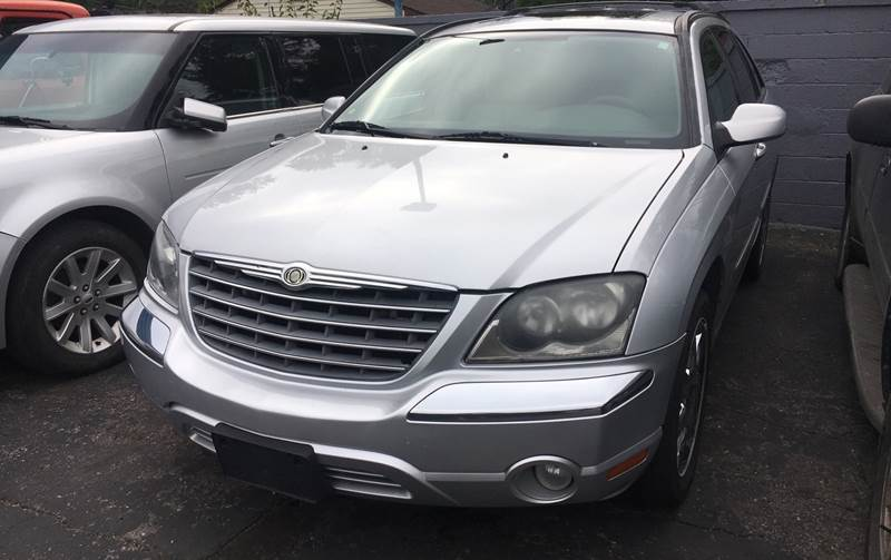 2005 Chrysler Pacifica car for sale in Detroit