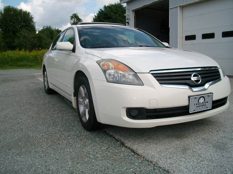 2008 Nissan Altima for sale at Castleton Motors LLC in Castleton VT