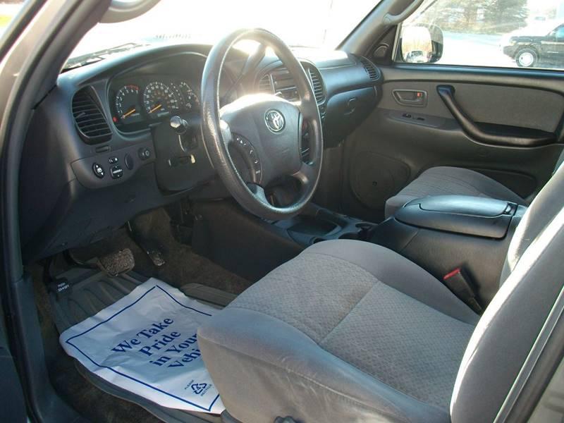 2004 Toyota Tundra 4dr Double Cab SR5 4WD SB V8 - Castleton VT