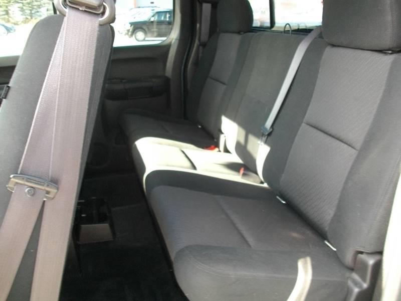 2011 Chevrolet Silverado 1500 4x4 LT 4dr Extended Cab 6.5 ft. SB - Castleton VT